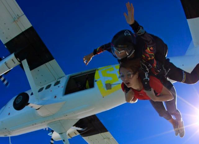 Top 10 Extreme Skydiving
